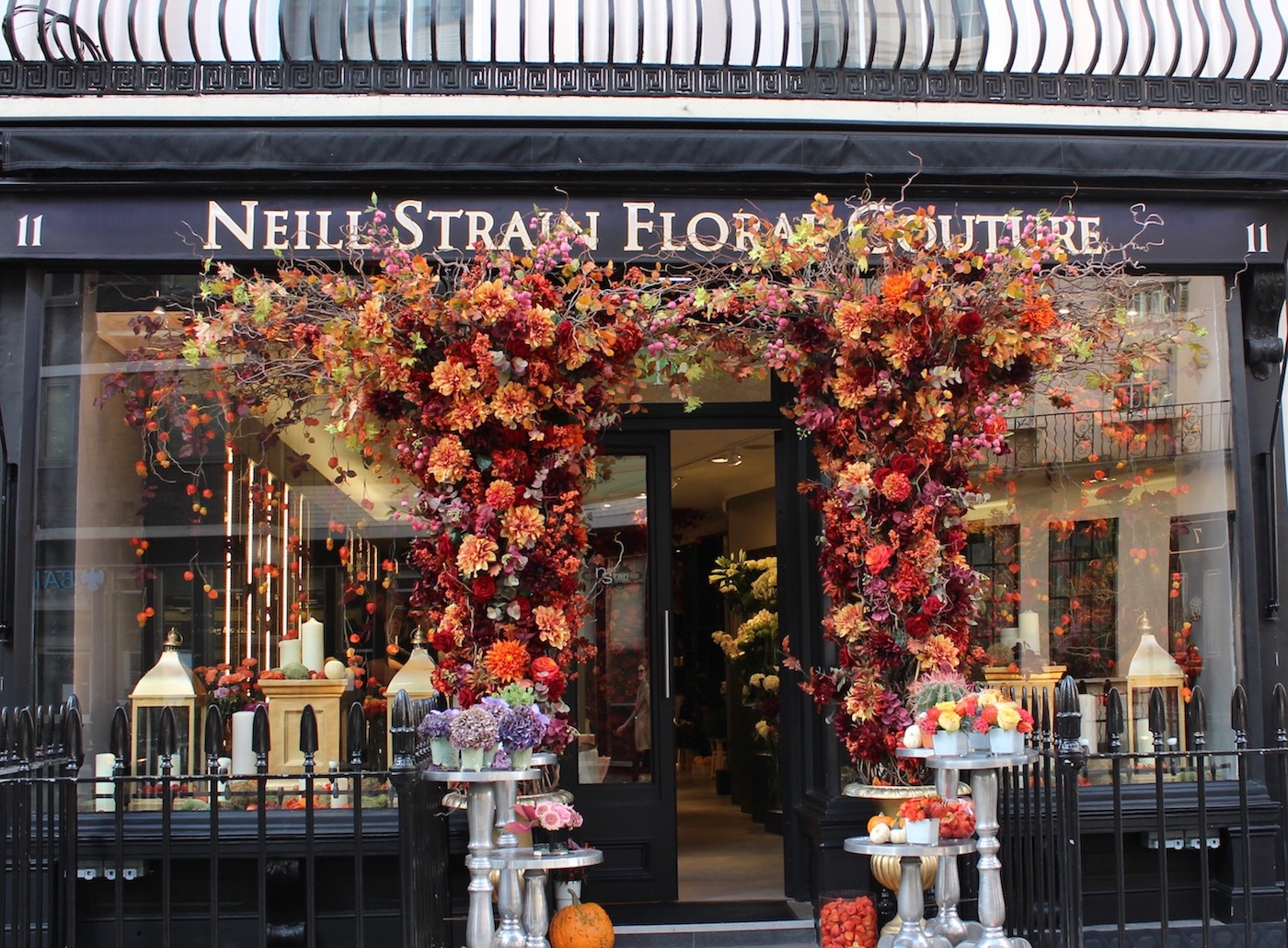 "The ""new"" Neill Strain Floral Couture boutique in Belgravia"