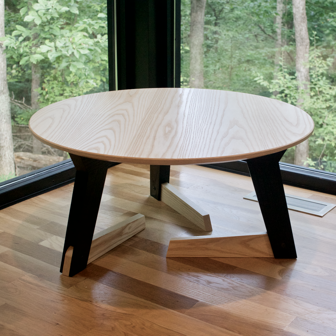 Crouching Table Alexjaynes