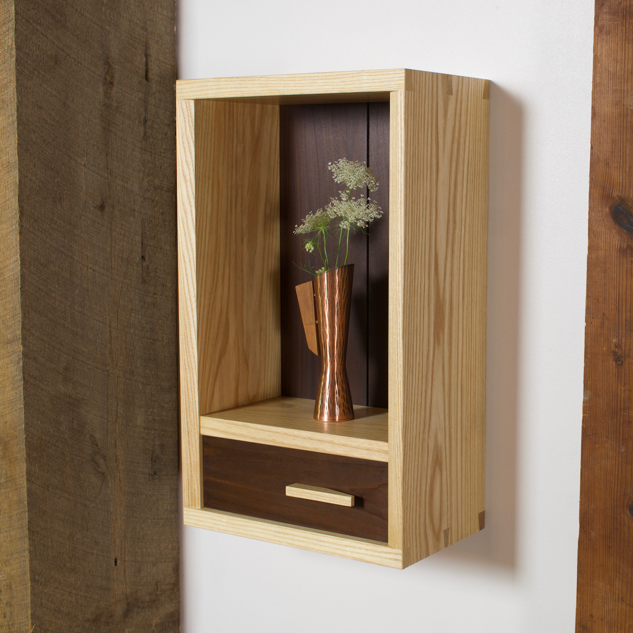 Toko Cabinet