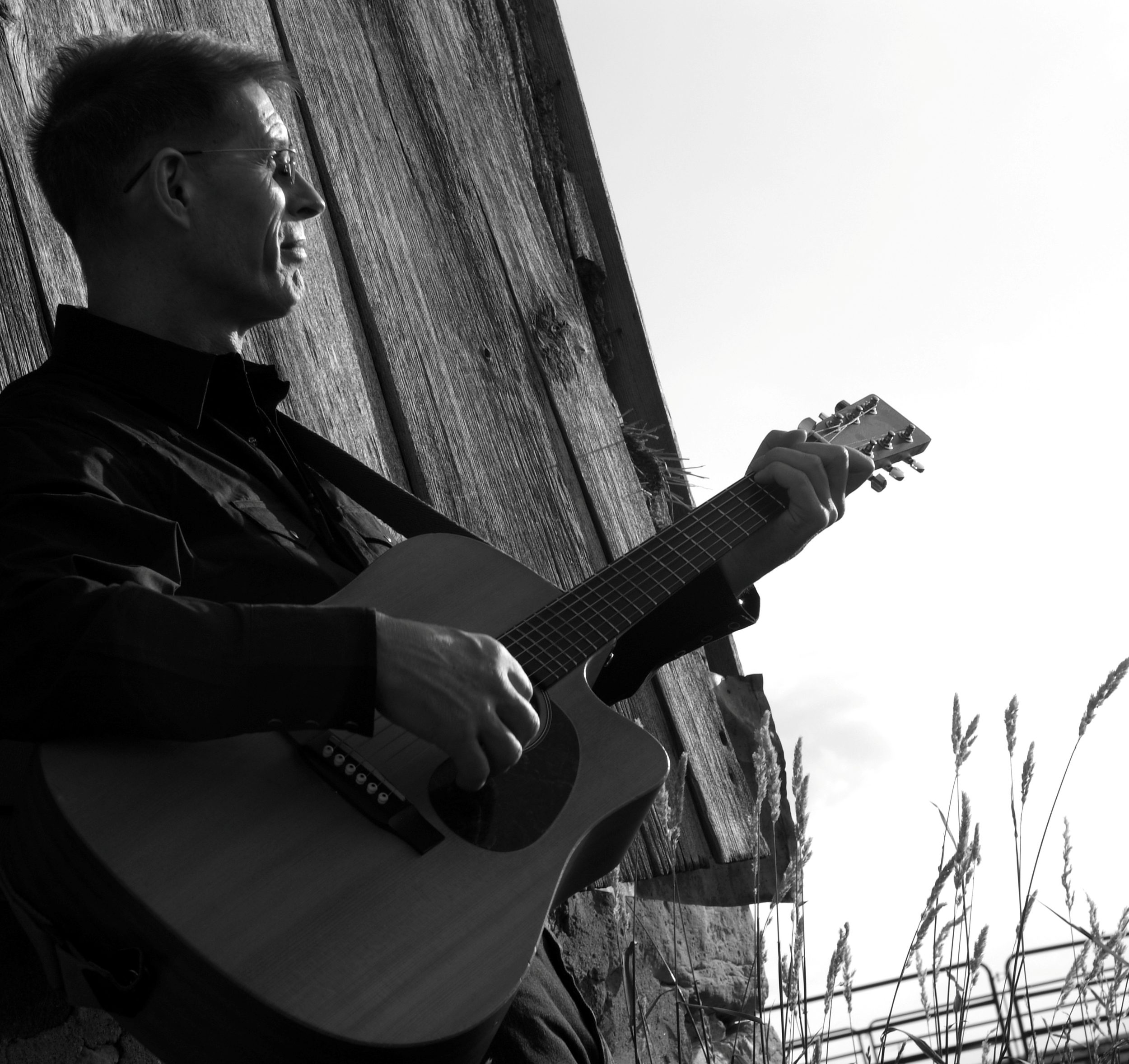 Click on Chris' picture to visit his website and learn more about his music and his journey to Christ