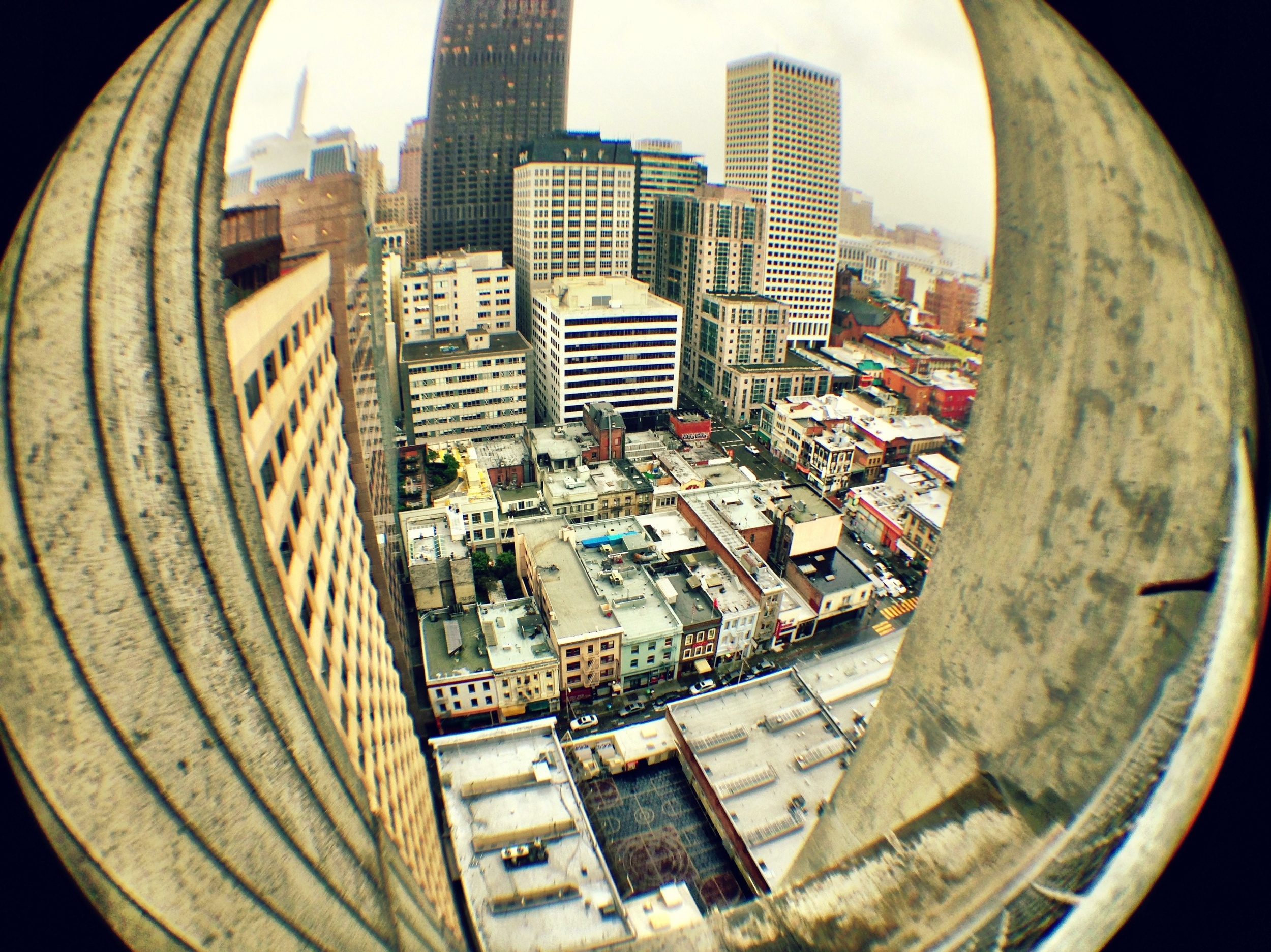Fish eye lens clip on iPhone