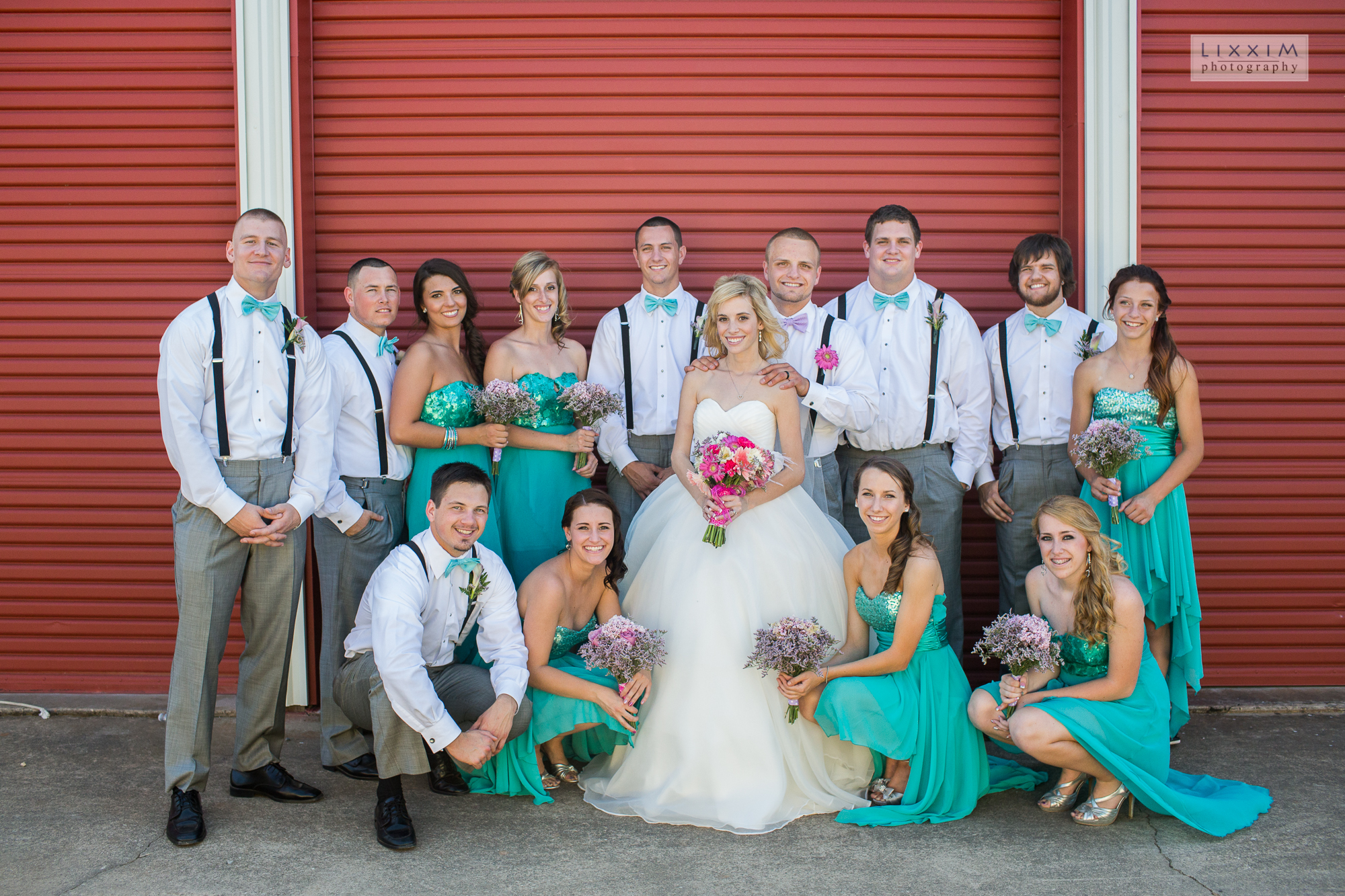 sacramento-wedding-photographer-bridal-party-waiting-red-garage-doors.jpg