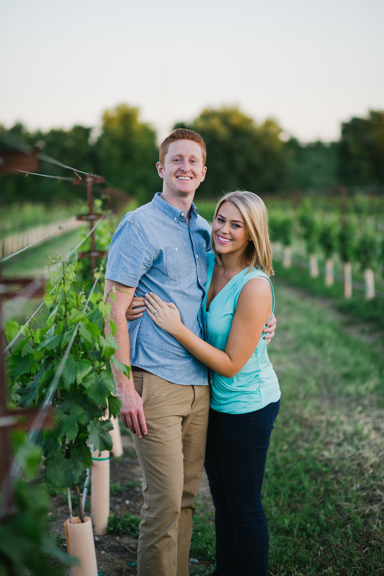 uc-davis-arborteum-vineyard-engagement-photographer