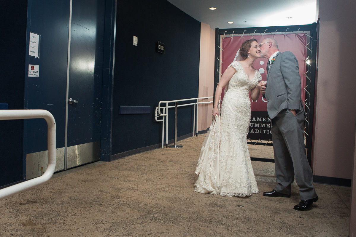 sacramento-wells-fargo-pavillion-wedding-ceremony-reception-lixxim-photography-25.jpg