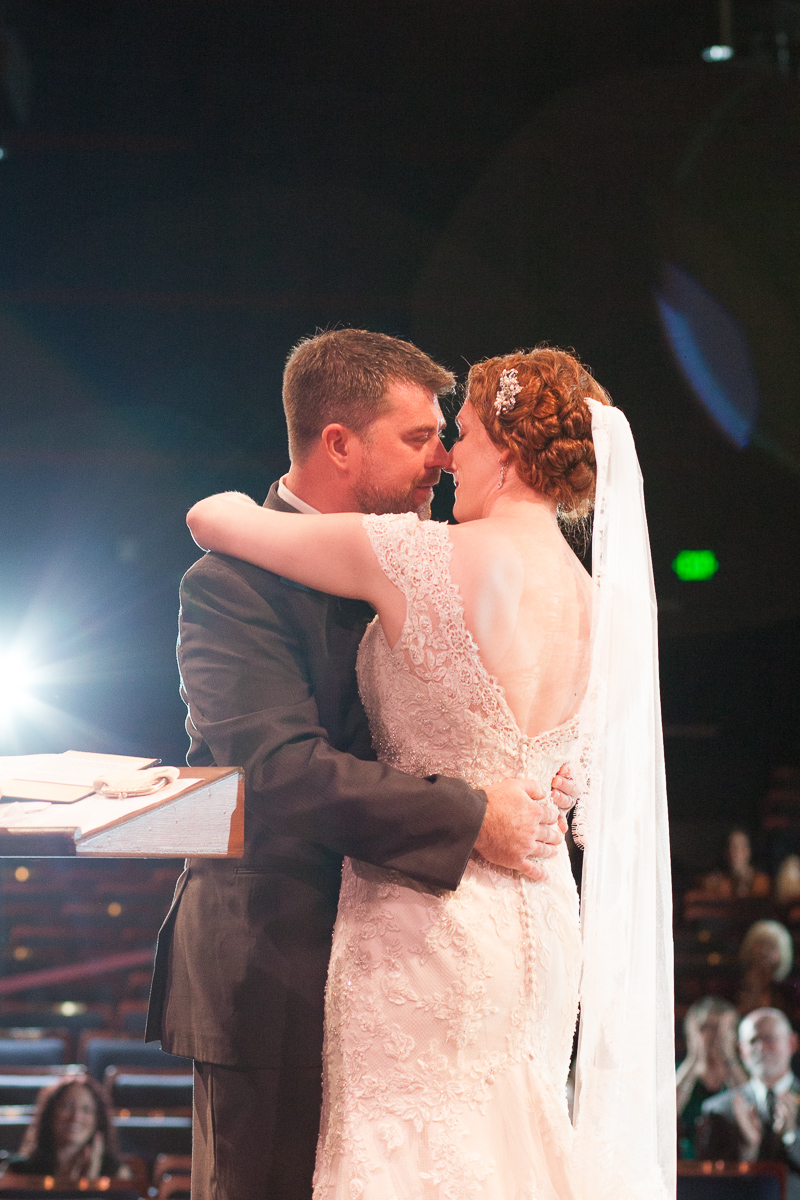 sacramento-wells-fargo-pavillion-wedding-ceremony-reception-lixxim-photography-32.jpg