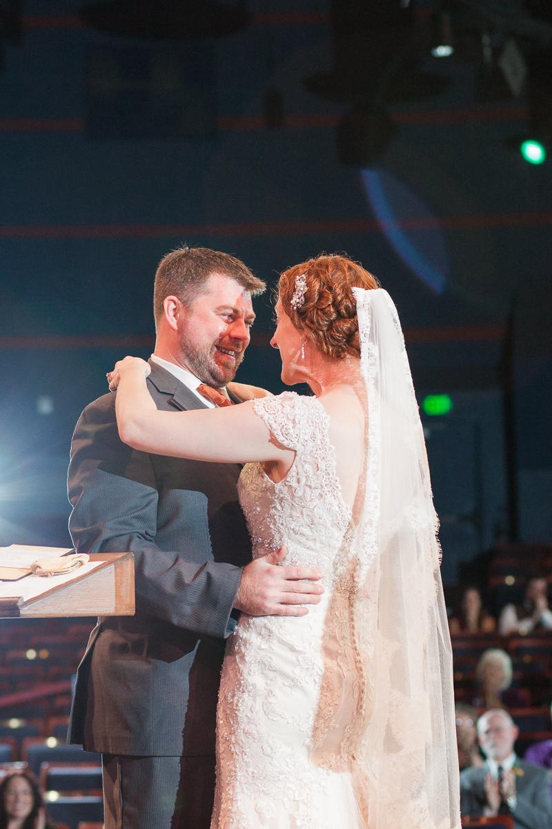 sacramento-wells-fargo-pavillion-wedding-ceremony-reception-lixxim-photography-33.jpg