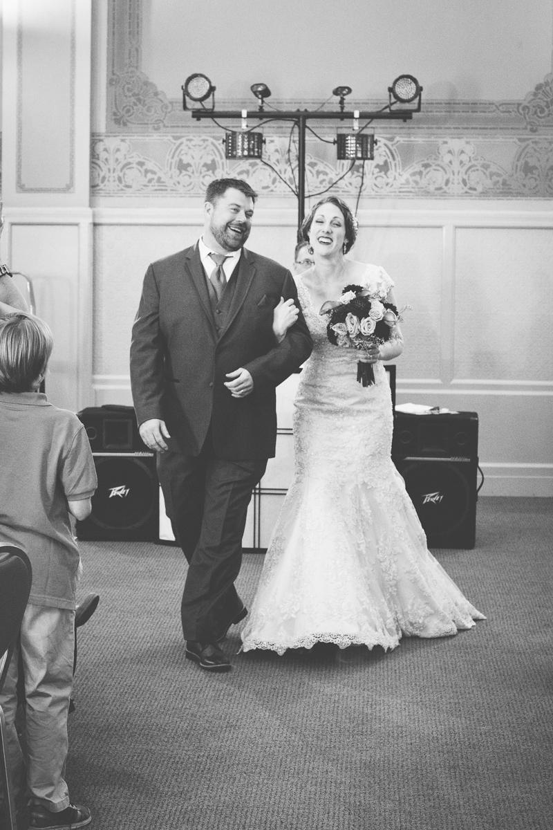sacramento-wells-fargo-pavillion-wedding-ceremony-reception-lixxim-photography-40.jpg