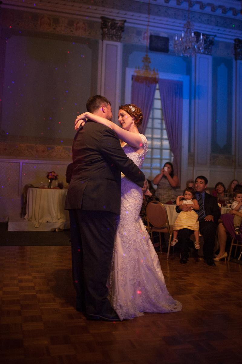 sacramento-wells-fargo-pavillion-wedding-ceremony-reception-lixxim-photography-49.jpg