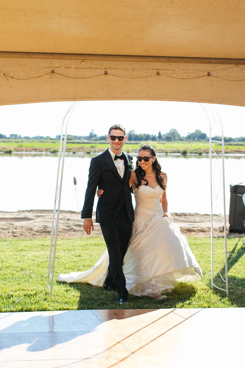 Sacramento-watersports-farm-wedding-photography-25.jpg
