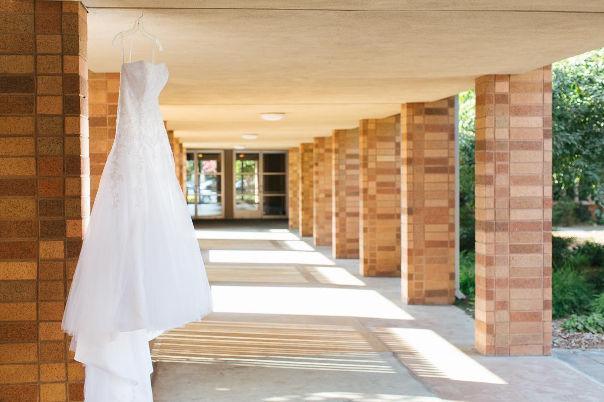 sacramento-public-library-wedding-photography-1.jpg