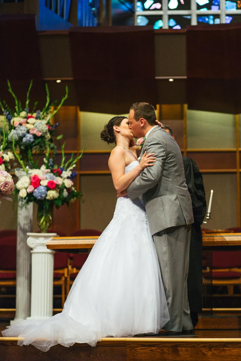 sacramento-public-library-wedding-photography-28.jpg