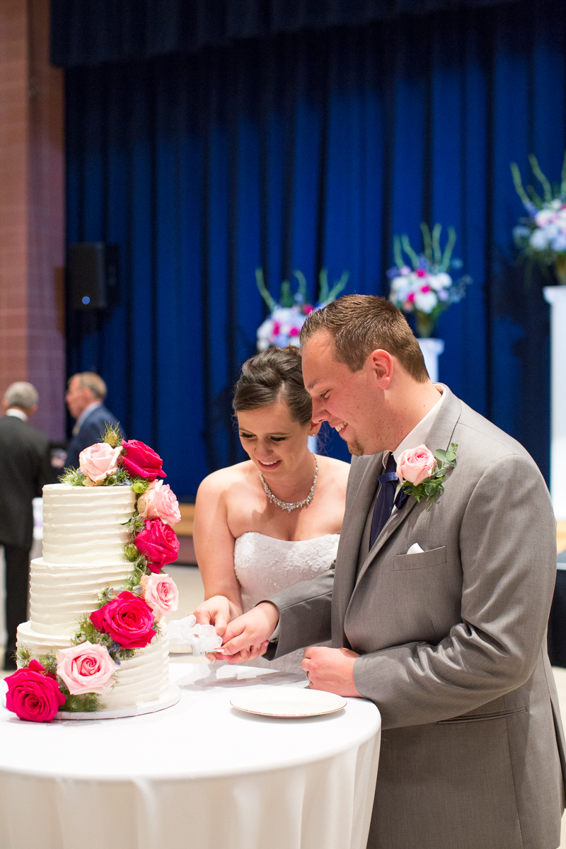 sacramento-public-library-wedding-photography-32.jpg