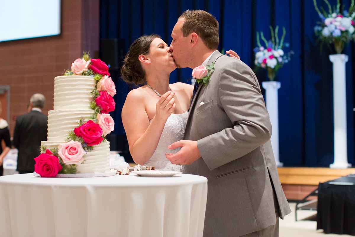 sacramento-public-library-wedding-photography-34.jpg
