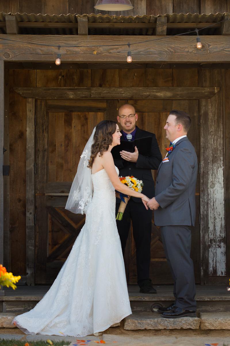 windmill-farm-and-vineyard-wedding-sacramento-11.jpg