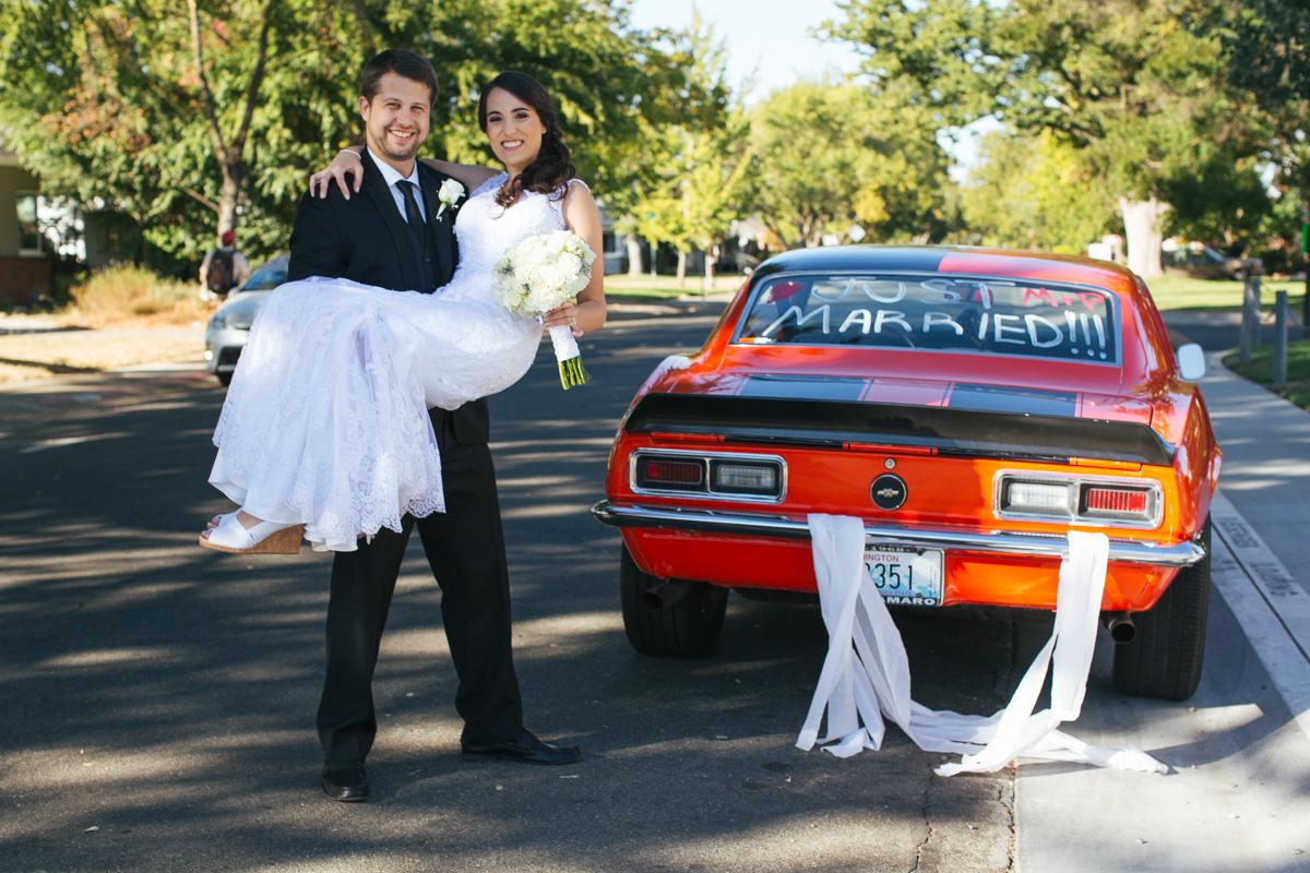 sacramento-downtown-wedding-1958-camaro3.jpg