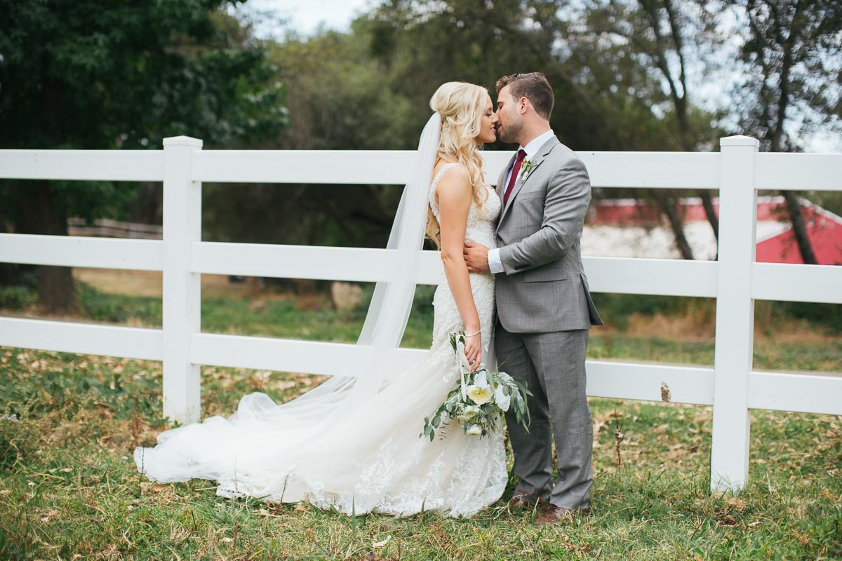 gold-hill-gardens-wedding-photographer-lixxim-16.jpg