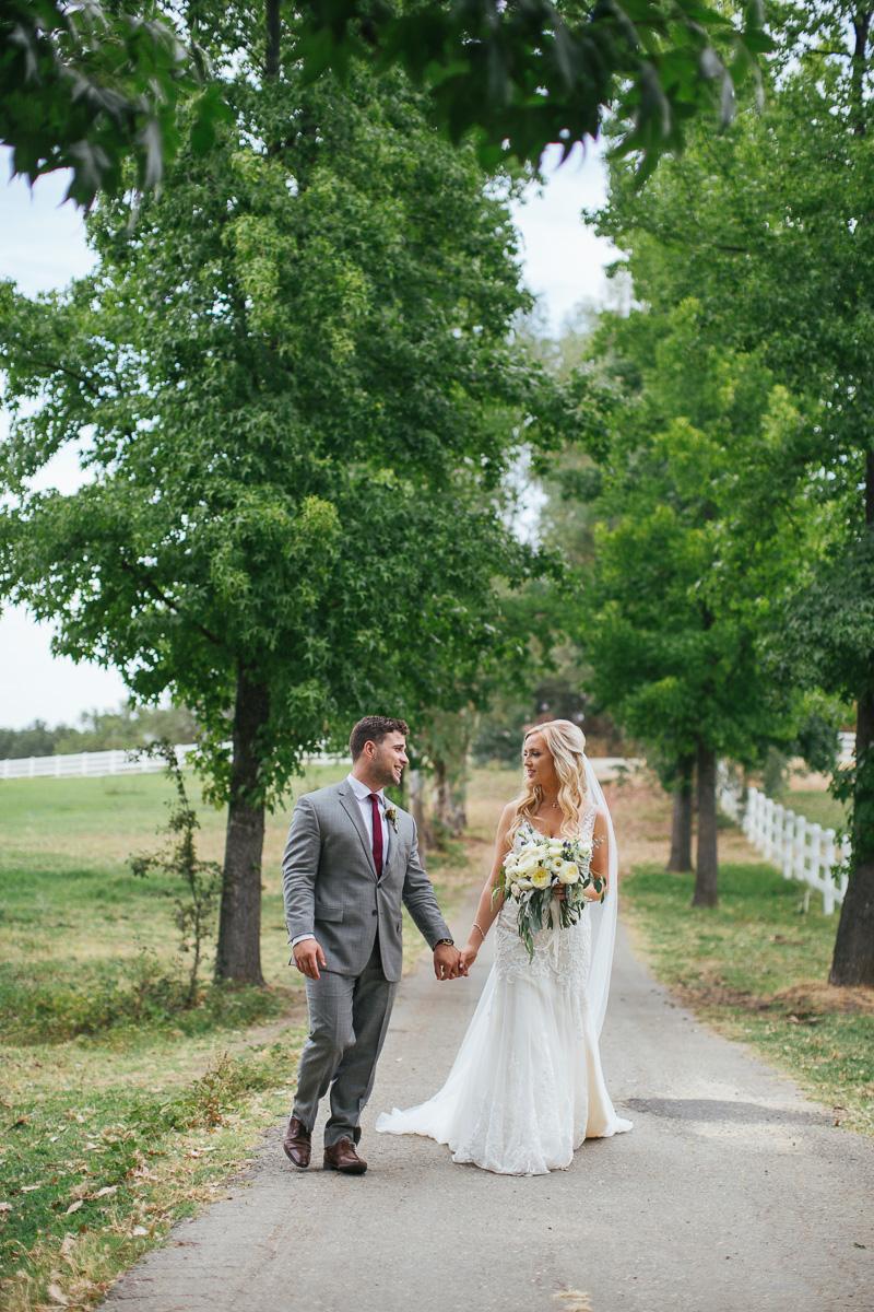 gold-hill-gardens-wedding-photographer-lixxim-17.jpg