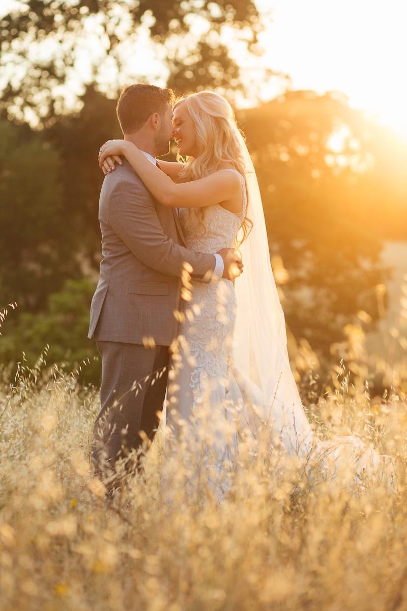 gold-hill-gardens-wedding-photographer-lixxim-24.jpg