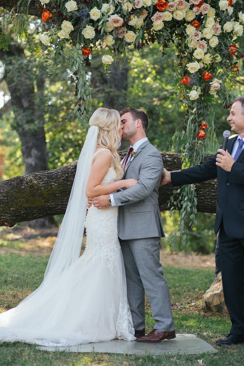 gold-hill-gardens-wedding-photographer-lixxim-23.jpg