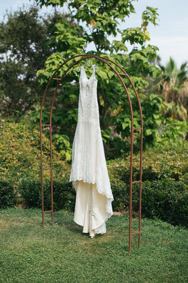 gold-hill-gardens-wedding-photographer-lixxim.jpg