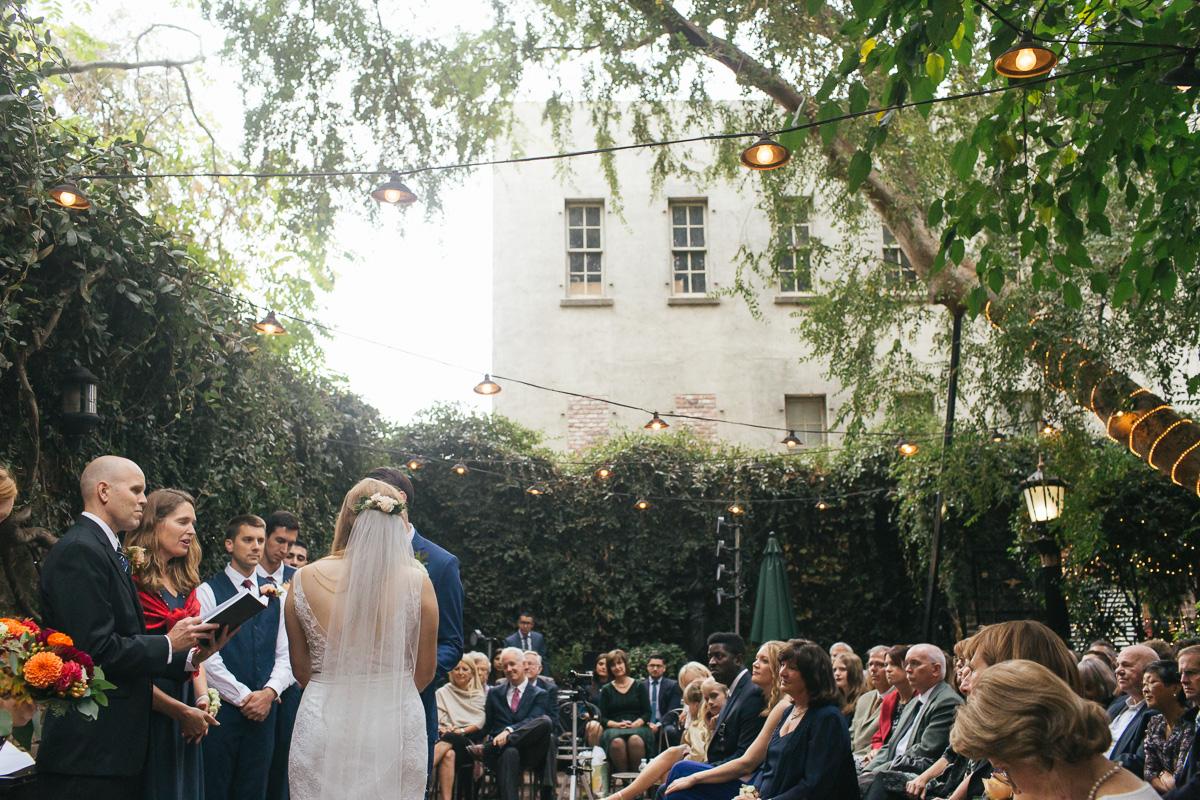Firehouse-restaurant-old-sacramento-wedding-photographer-26.jpg