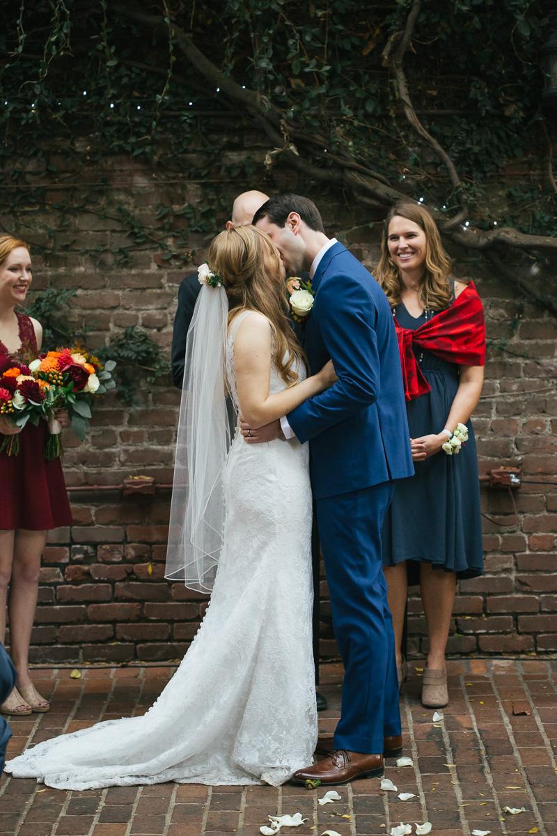 Firehouse-restaurant-old-sacramento-wedding-photographer-30.jpg