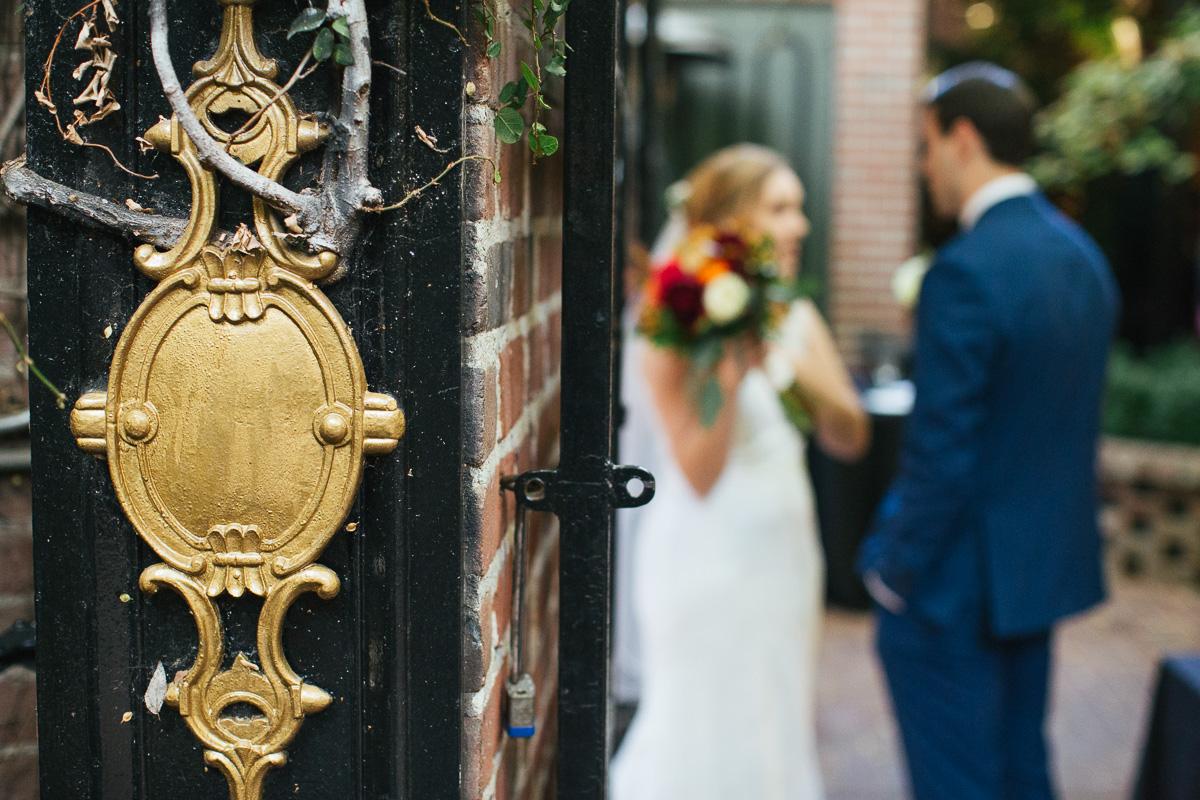 Firehouse-restaurant-old-sacramento-wedding-photographer-37.jpg