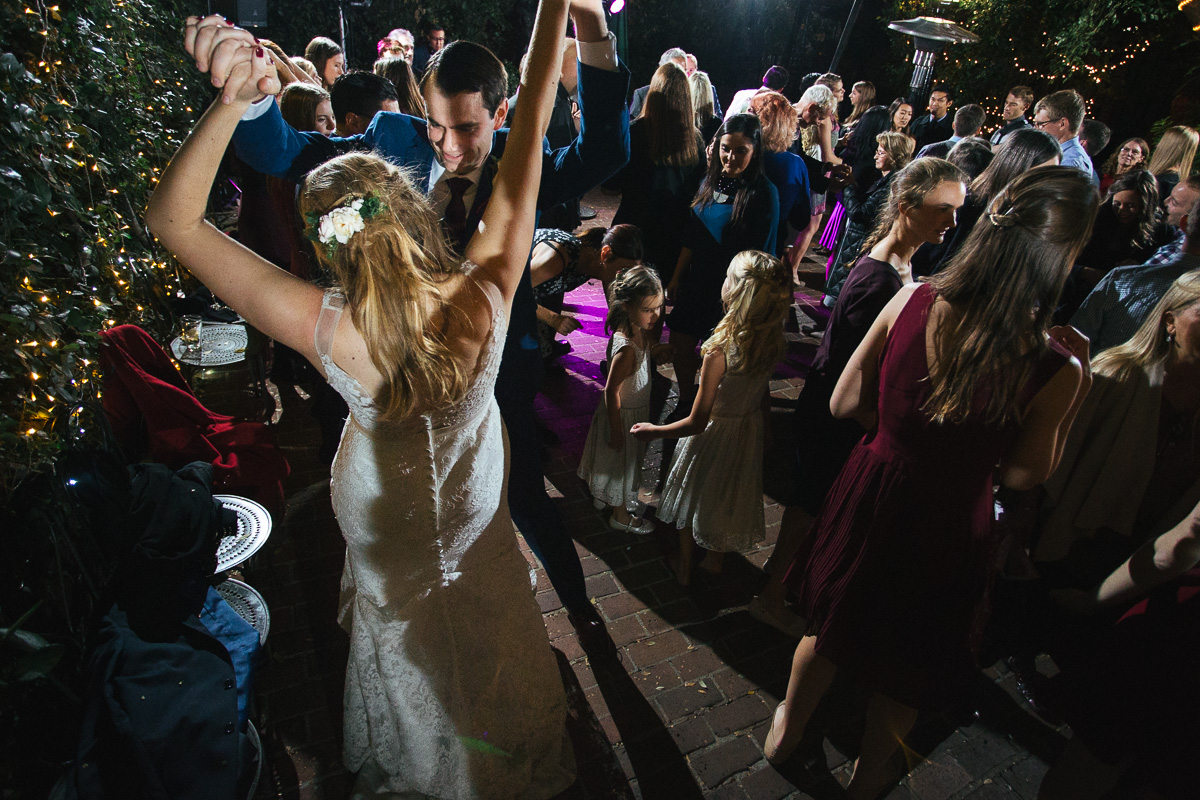 Firehouse-restaurant-old-sacramento-wedding-photographer-49.jpg