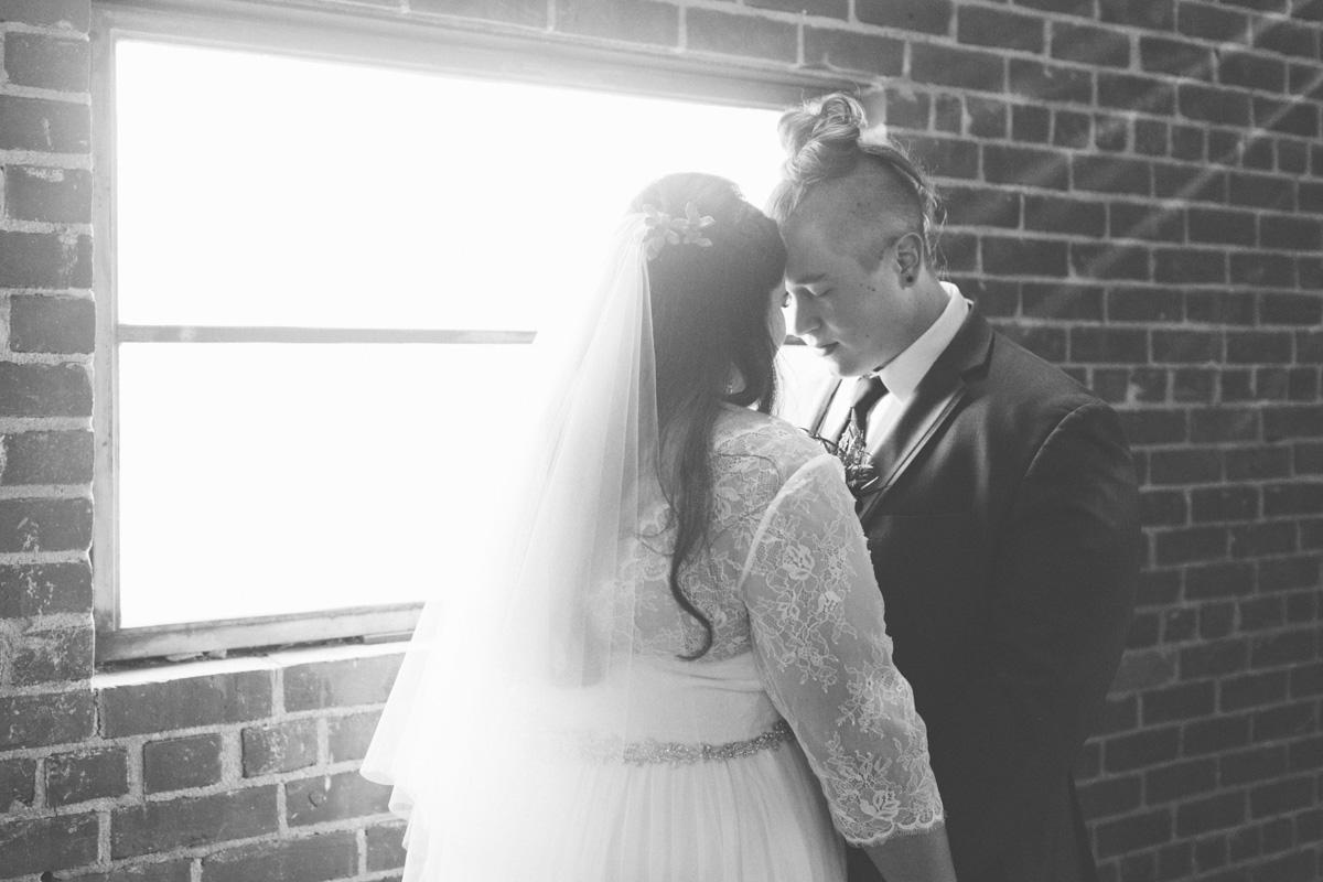 studio-817-wedding-photographer-sacramento-downtown-32.jpg