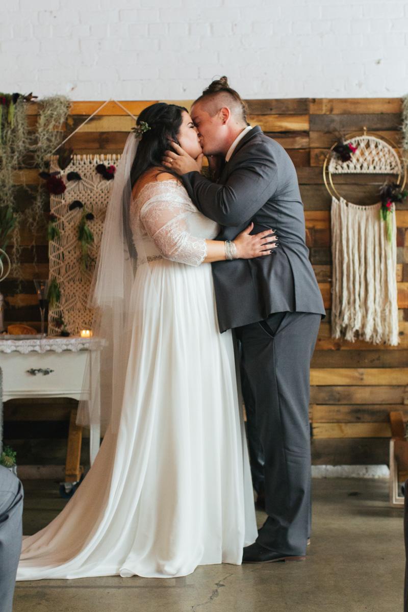 studio-817-wedding-photographer-sacramento-downtown-52.jpg
