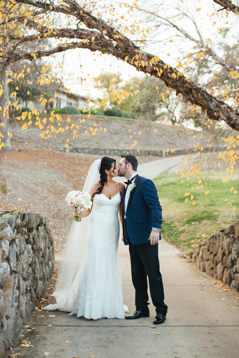 catta-verdera-country-club-lincoln-wedding-photographer-lixxim-23.jpg