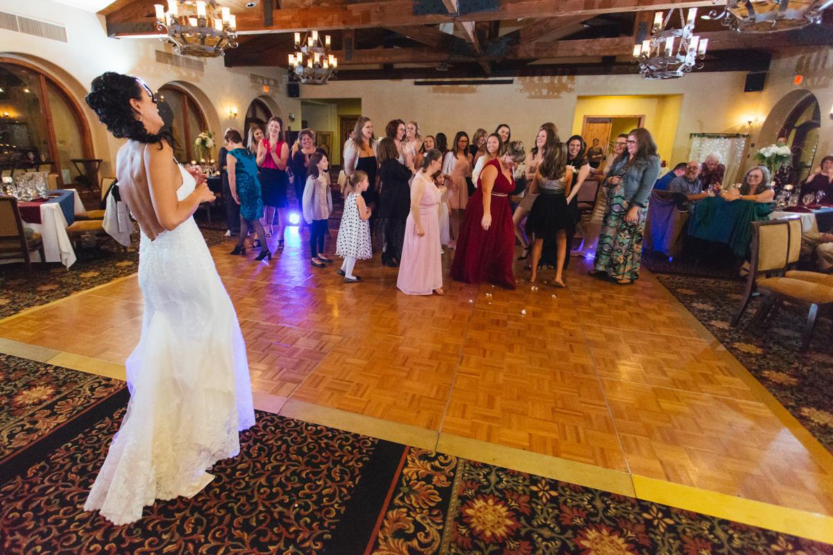 catta-verdera-country-club-lincoln-wedding-photographer-lixxim-39.jpg