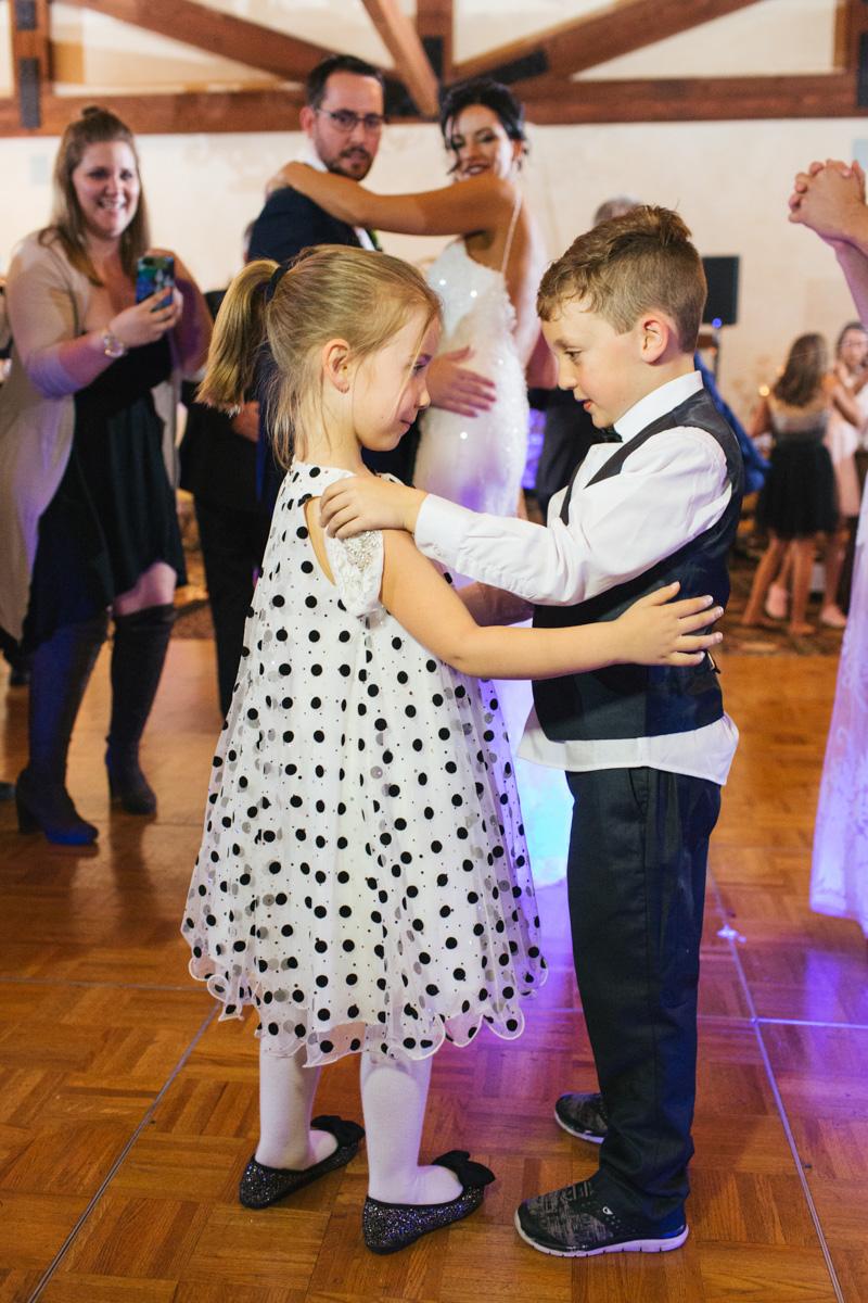 catta-verdera-country-club-lincoln-wedding-photographer-lixxim-47.jpg