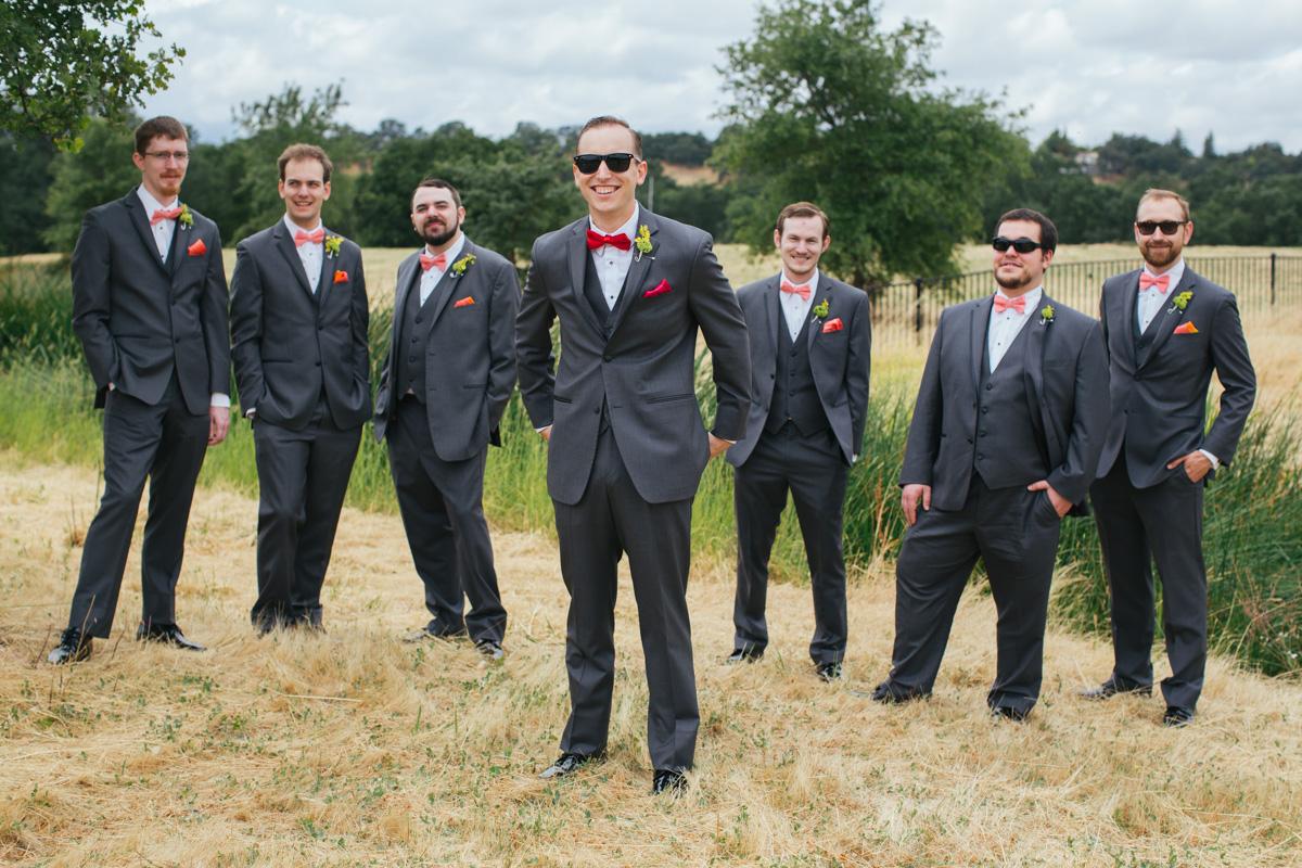 the-falls-events-center-roseville-wedding-photographer-16.jpg