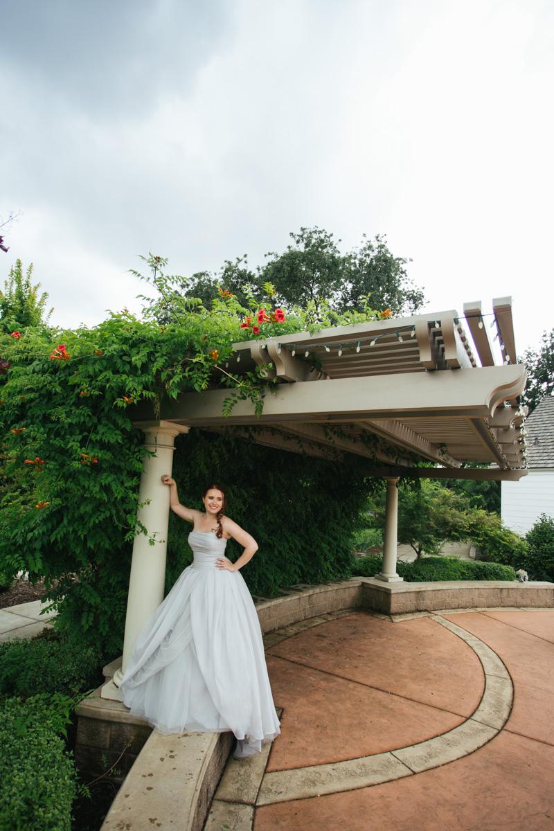 the-falls-events-center-roseville-wedding-photographer-33.jpg