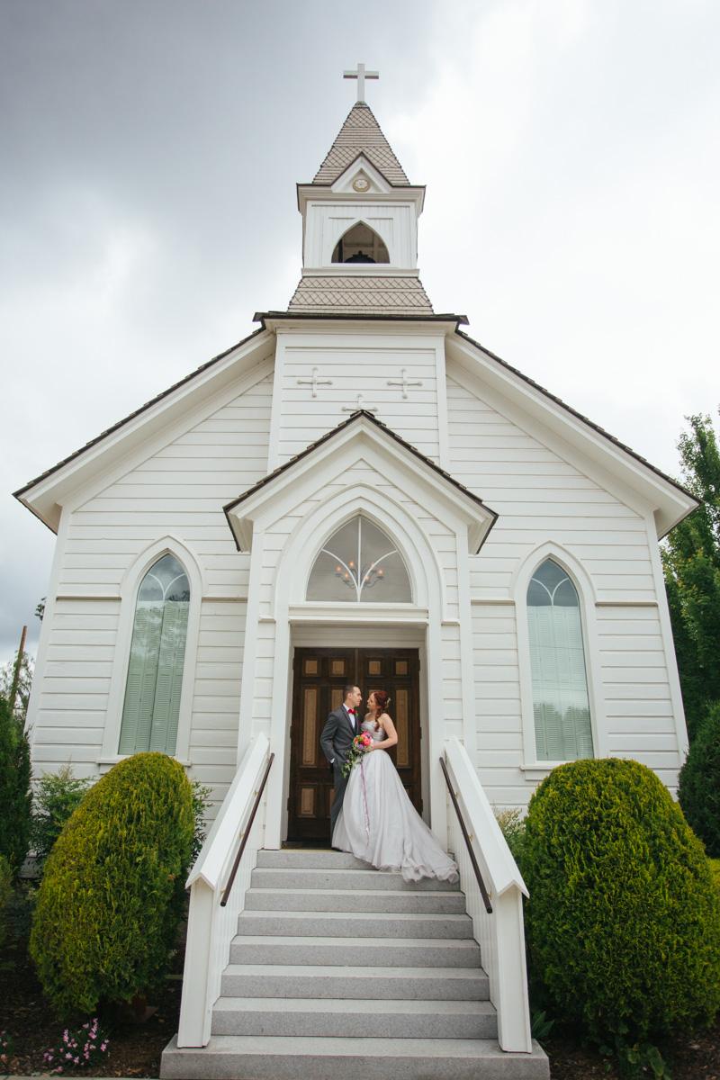 the-falls-events-center-roseville-wedding-photographer-36.jpg