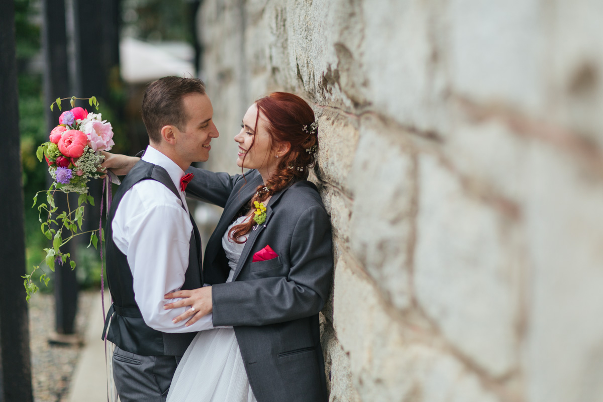 the-falls-events-center-roseville-wedding-photographer-40.jpg