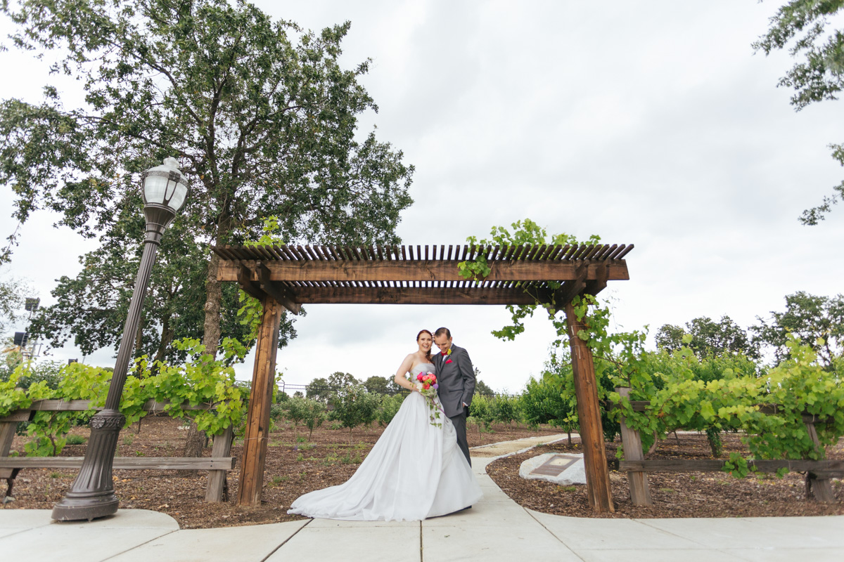 the-falls-events-center-roseville-wedding-photographer-42.jpg