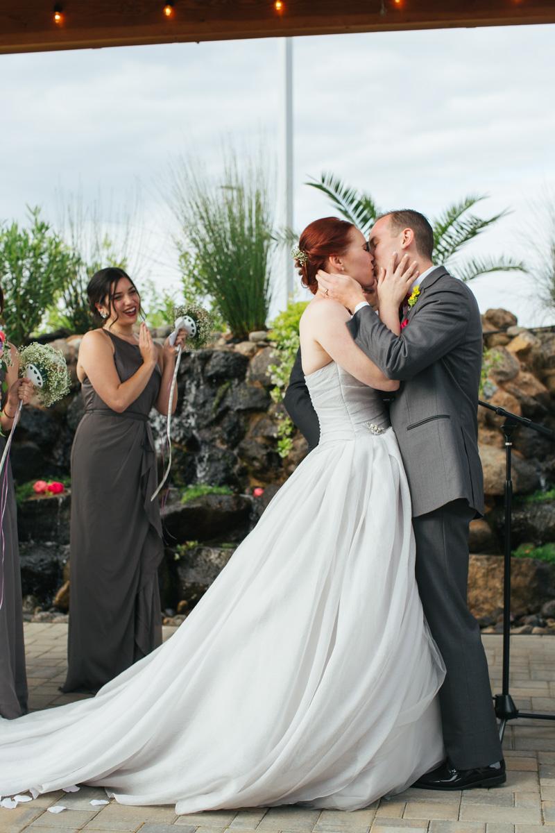 the-falls-events-center-roseville-wedding-photographer-79.jpg