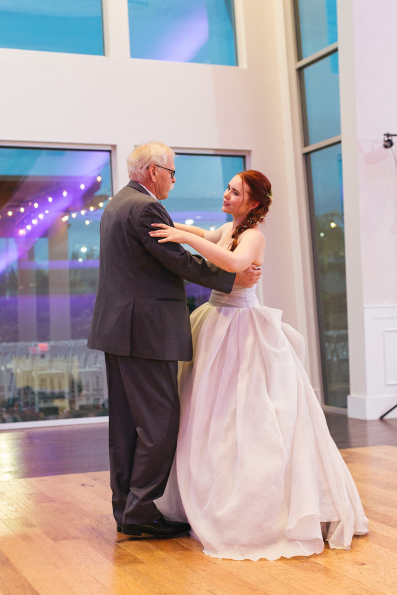 the-falls-events-center-roseville-wedding-photographer-94.jpg