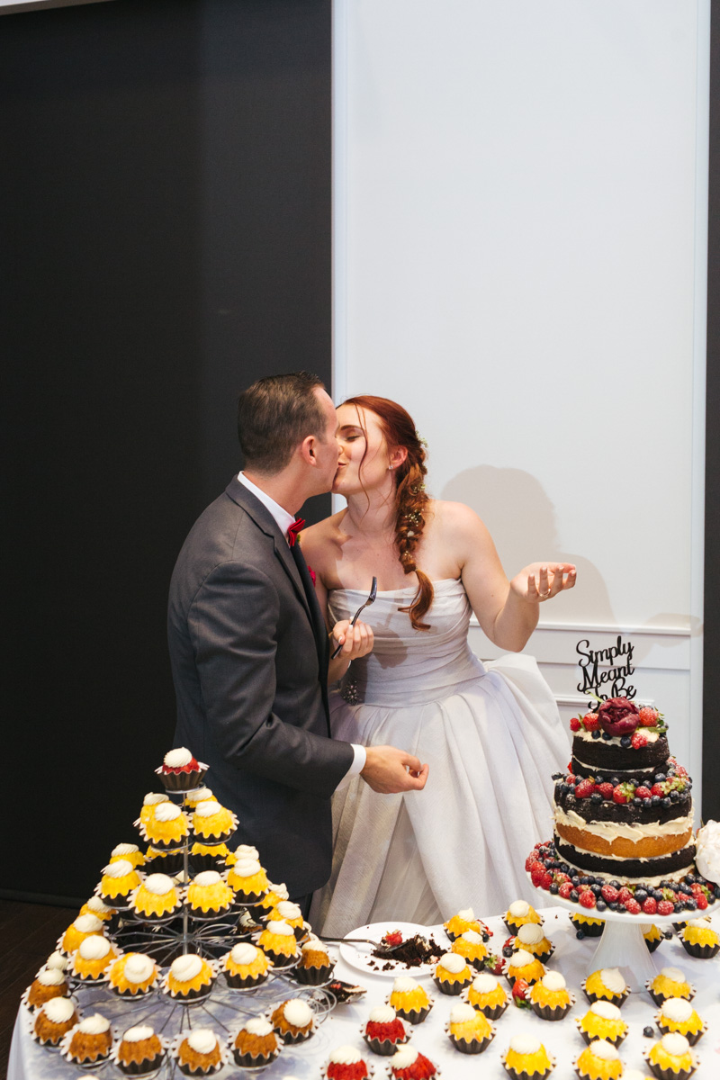the-falls-events-center-roseville-wedding-photographer-98.jpg