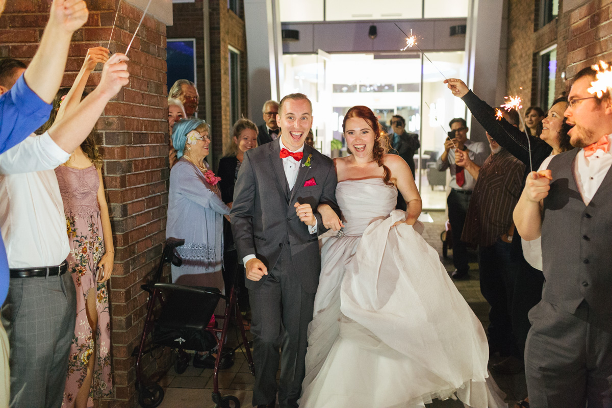 the-falls-events-center-roseville-wedding-photographer-100.jpg