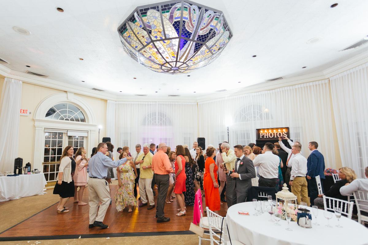 vizcaya-mansion-sacramento-wedding-reception-photographer-1.jpg