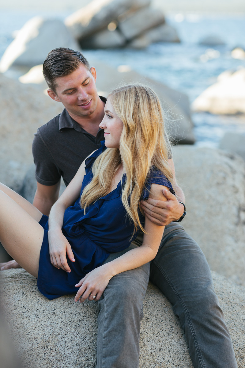 sand-harbor-lake-tahoe-engagement-session-photographer-10.jpg