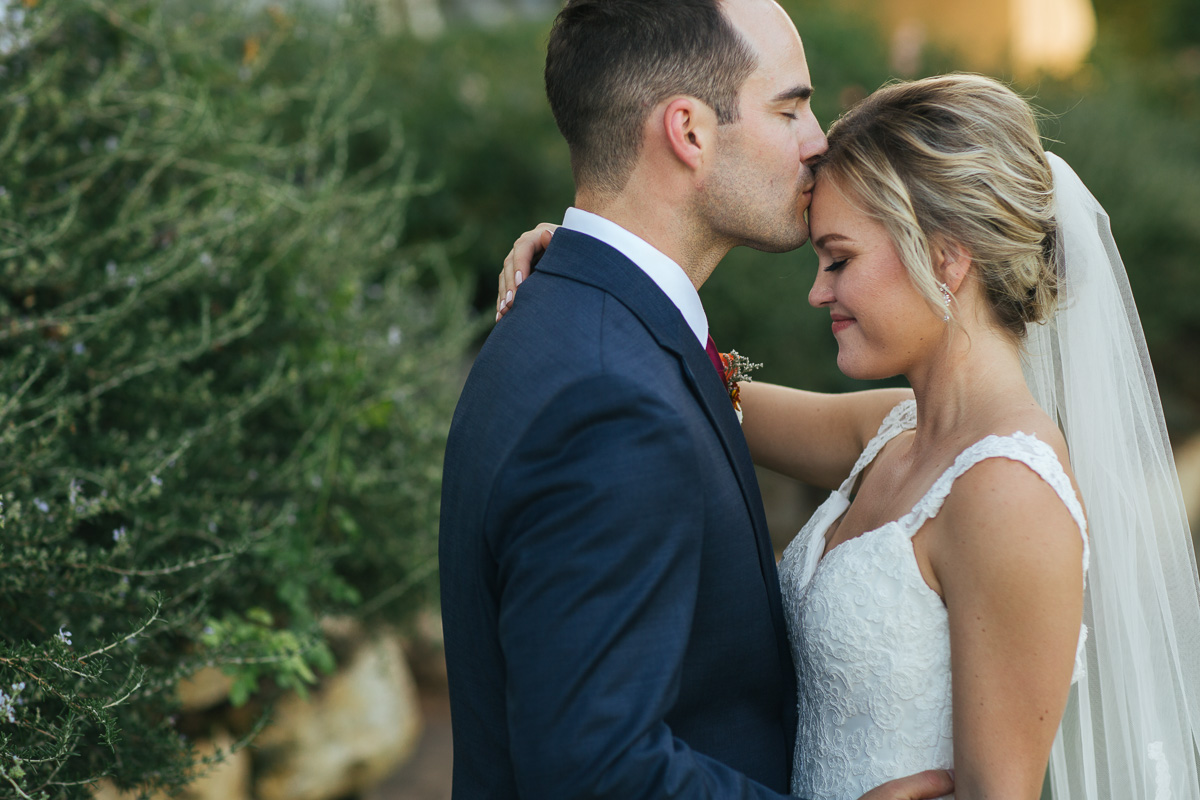 gold-hill-gardens-wedding-photographer-lixxim-37.jpg
