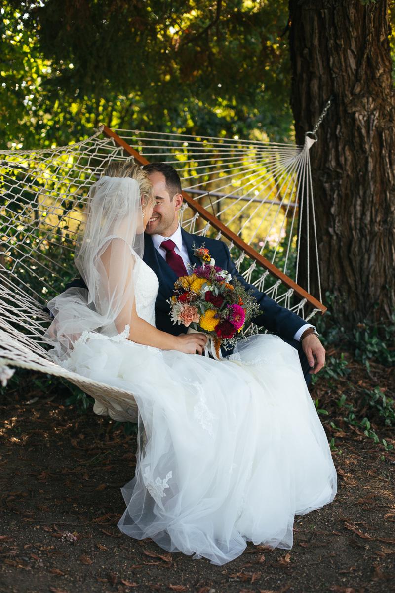 gold-hill-gardens-wedding-photographer-lixxim-42.jpg