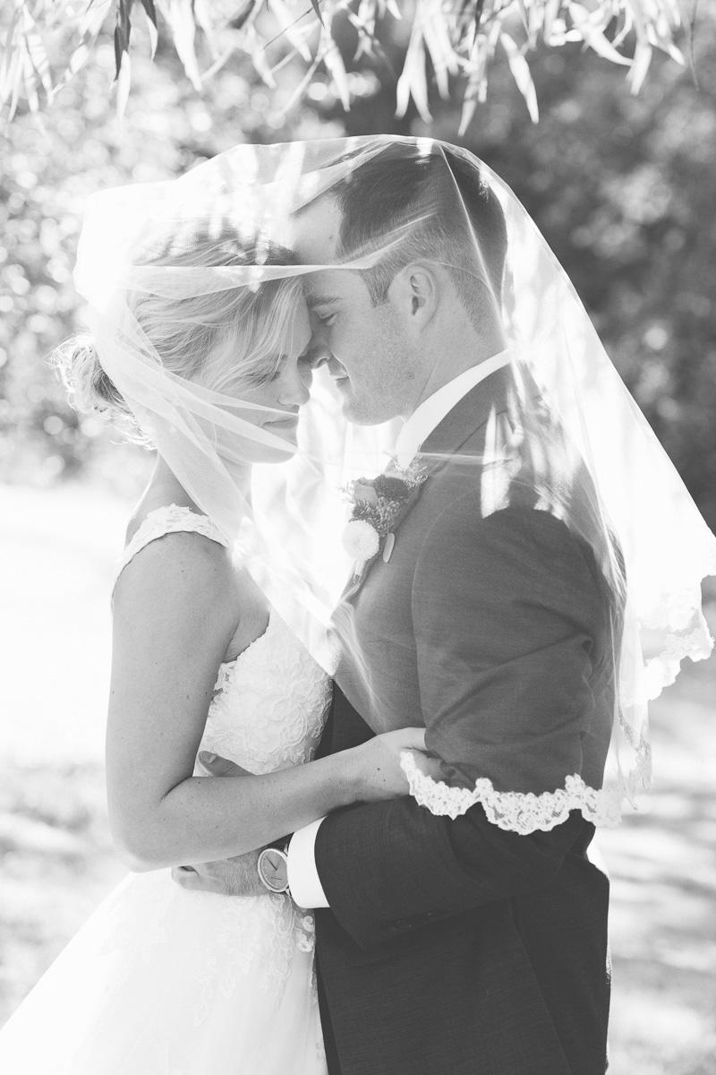 gold-hill-gardens-wedding-photographer-lixxim-43.jpg