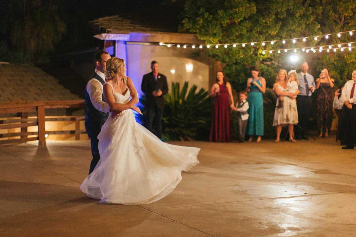 gold-hill-gardens-wedding-photographer-lixxim-99.jpg