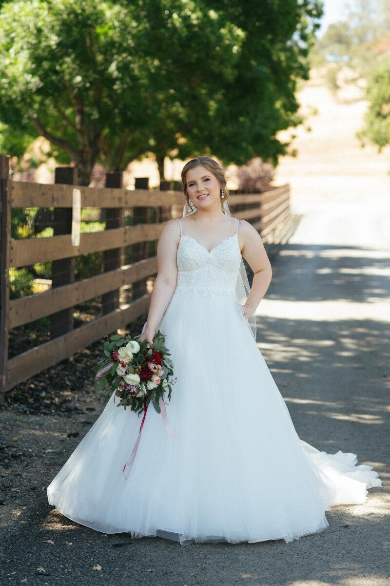 rancho-victoria-vineyard-wedding-photos-27.jpg
