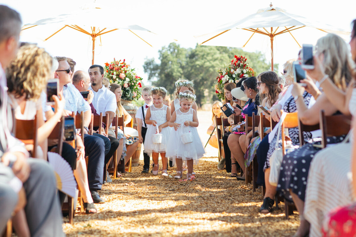 rancho-victoria-vineyard-wedding-photos-30.jpg